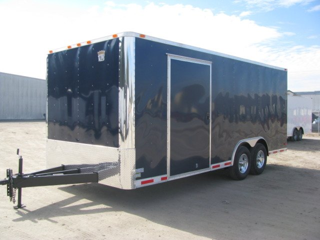 2010 8.5X20 INDUSTRIAL GRADE ENCLOSED CARHAULER TRAILER