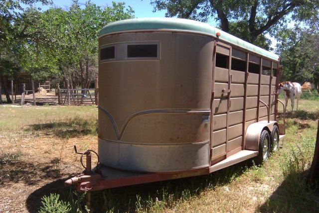 17' 3 Horse Slant Load BP Stock style trailer