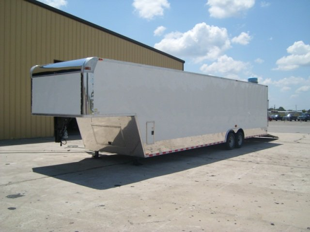 8.5x32 Goosneck Enclosed Car Hauler Trailer 8 x 32