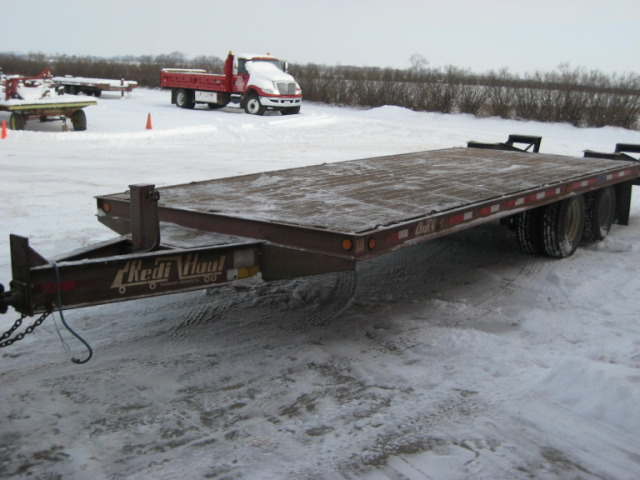 1995 Flatbed Redi Haul Trailer