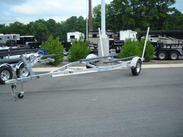 2010 EZ Loader 18' - 20' Boat Trailer
