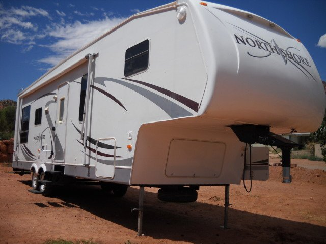 North Shore Fifth Wheel Mobile Home Trailer Camper