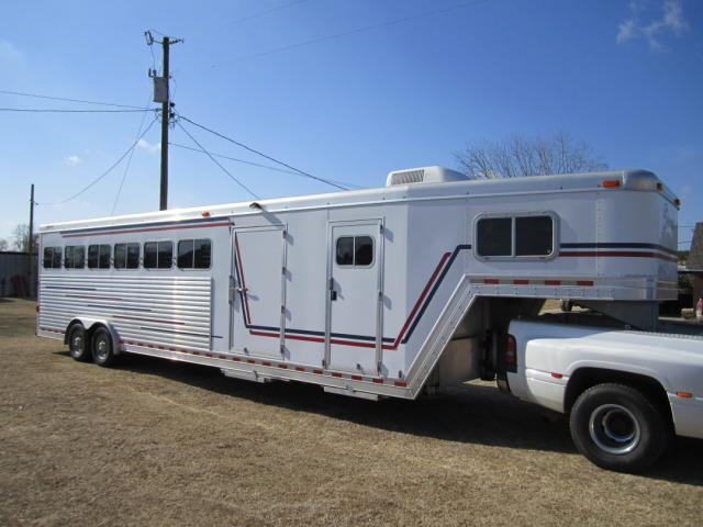 buy sell new used trailers 6 horse small living