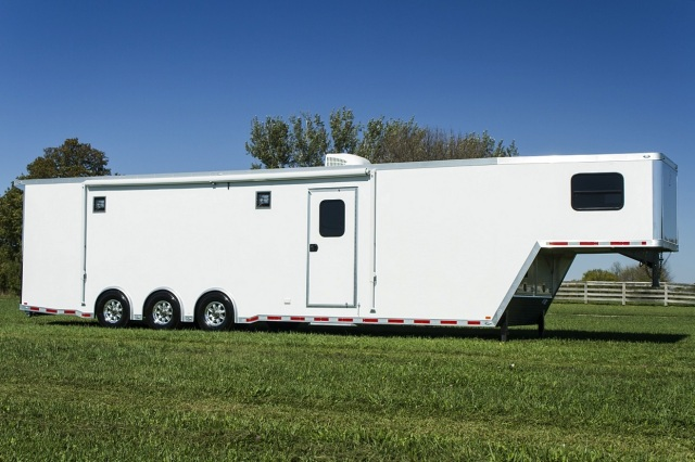 8.5 x 40 alum tri axle bathroom pkg