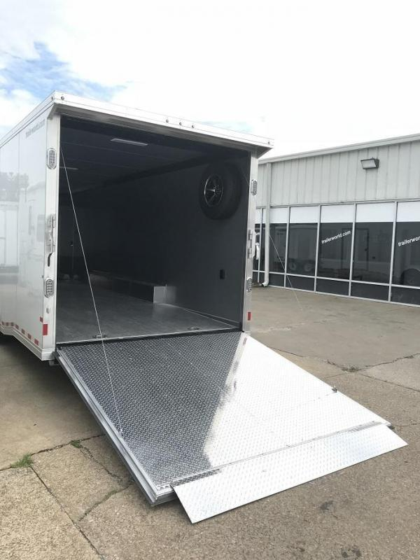 2019 Sundowner 32 spread axle