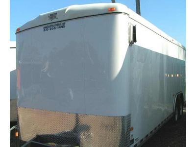 2005 Horton enclosed trailer