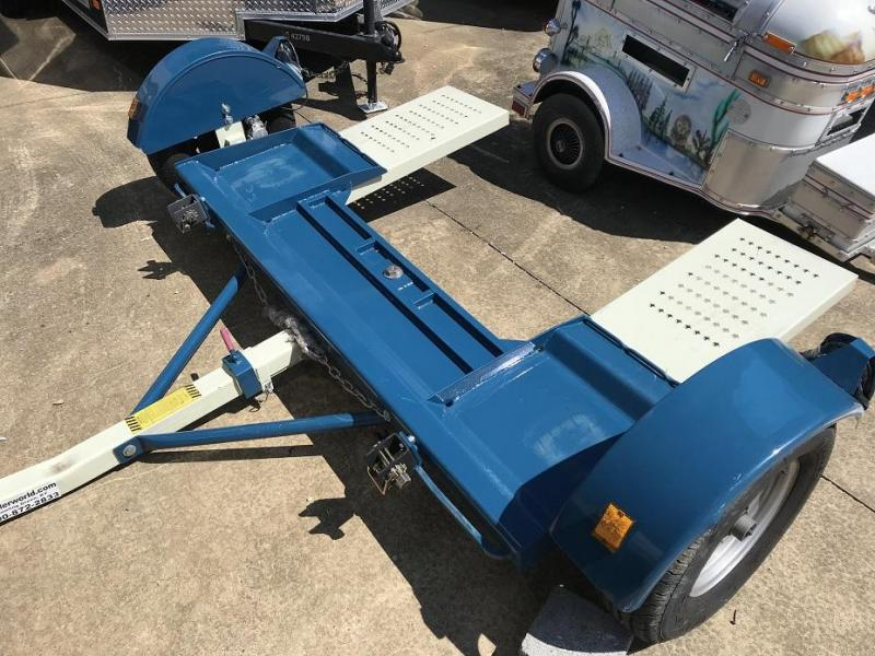 2016 Stehl tow dolly w surge brakes